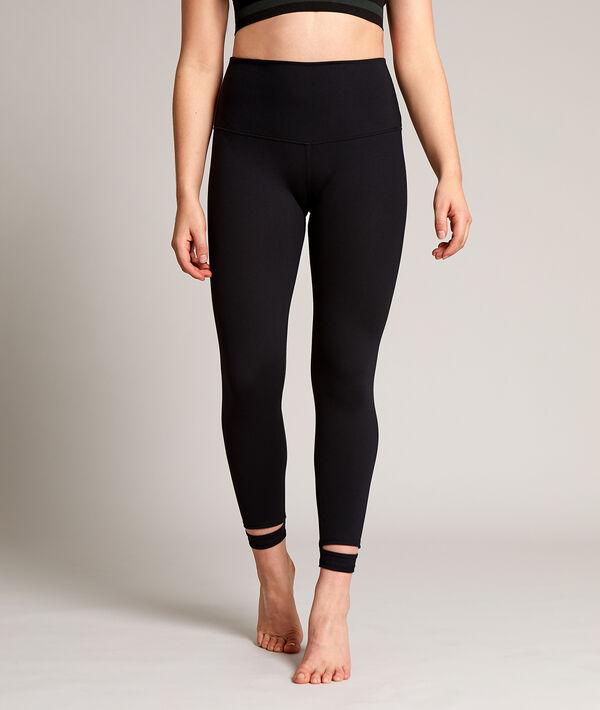 Kurze Yoga-Leggings, Details an den Knöcheln;${refinementColor}