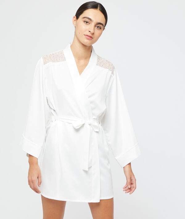 Seidig schimmernder Kimono;${refinementColor}