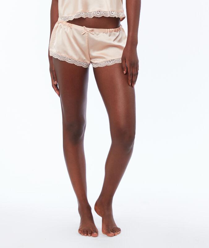 Shorts aus satin puderrosa.