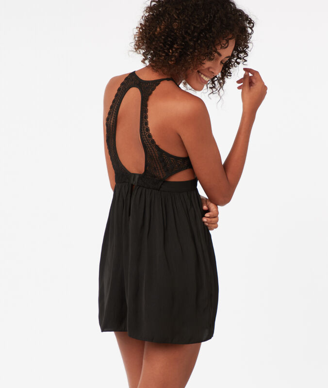 Ausgeschnittenes nachthemd mit grafischer spitze schwarz.
