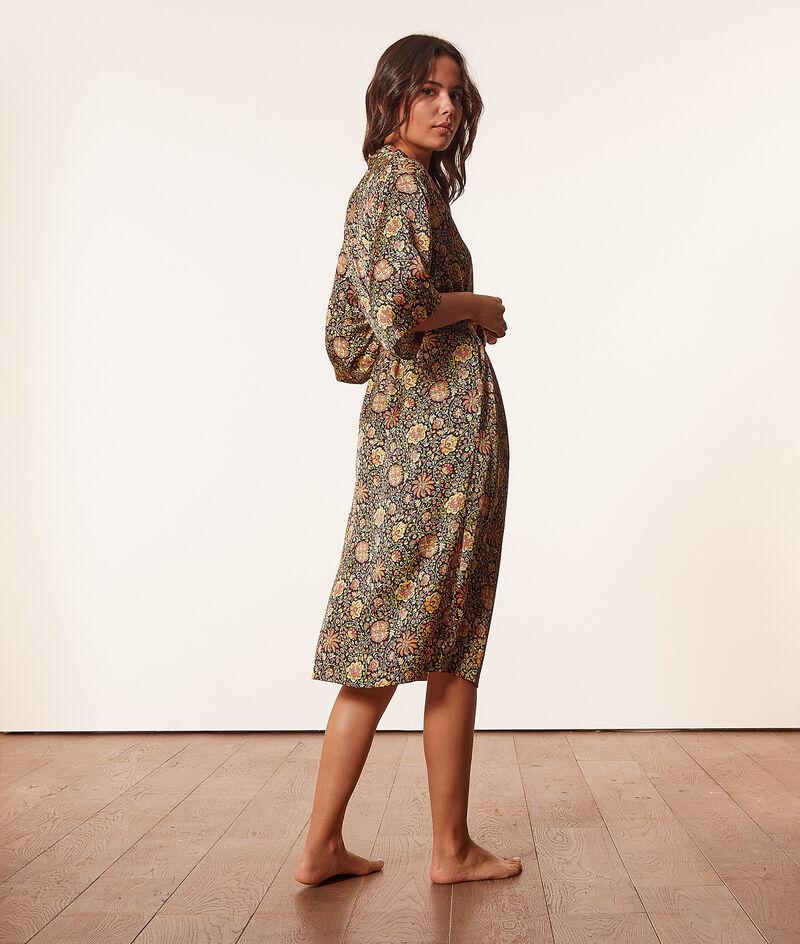 Langer Satin-Kimono;${refinementColor}