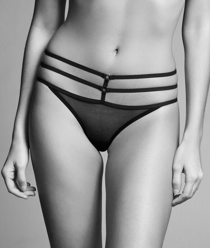 String schwarz.