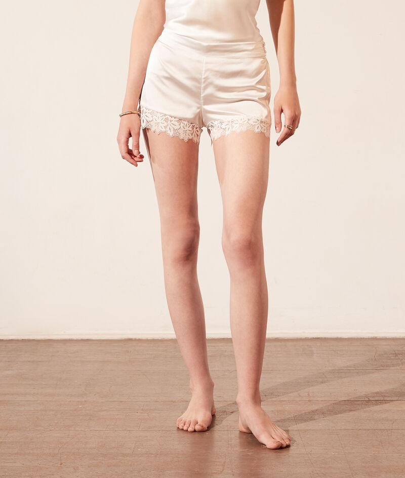 Satin Pyjama-Shorts;${refinementColor}
