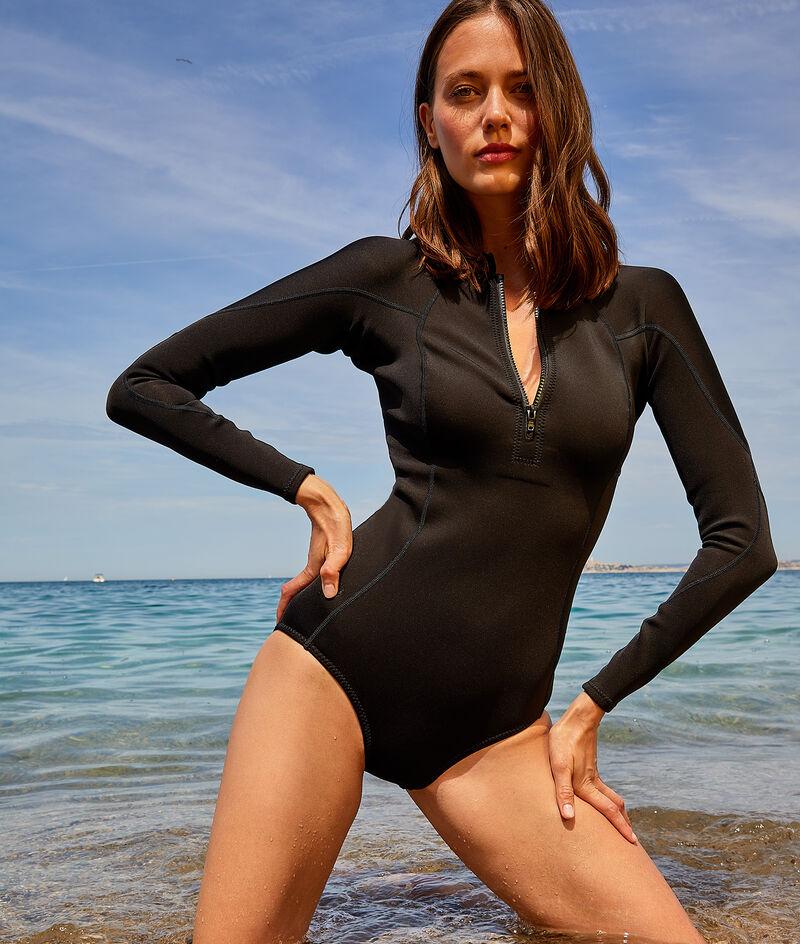 Surfanzug aus Oysterprene©;${refinementColor}