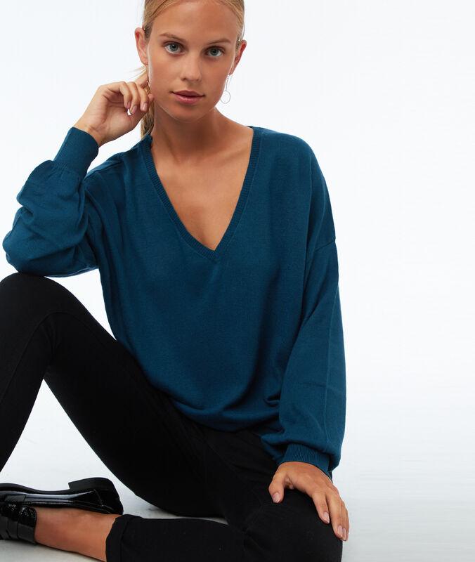 Weiter pullover mit v-ausschnitt moonlight-blau.