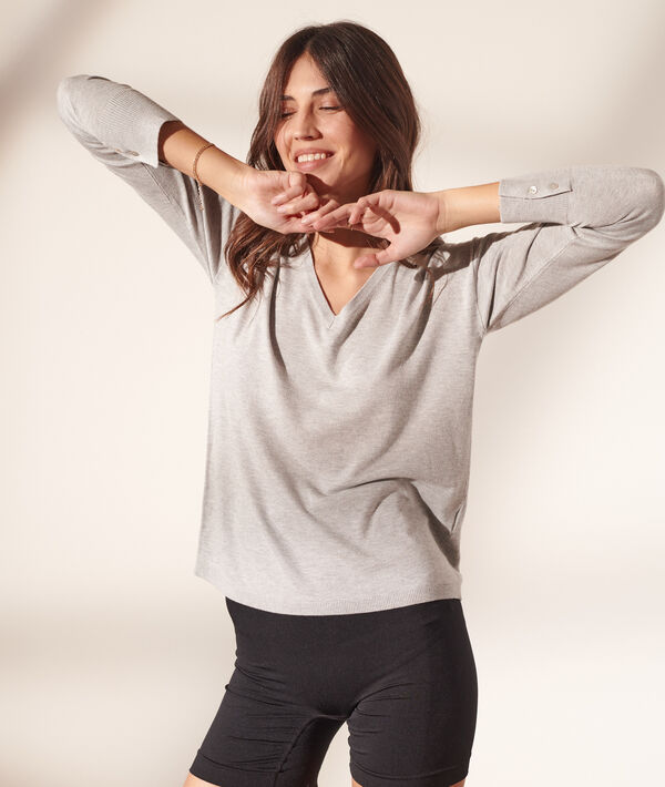 Pullover mit V-Ausschnitt aus feinem Strick