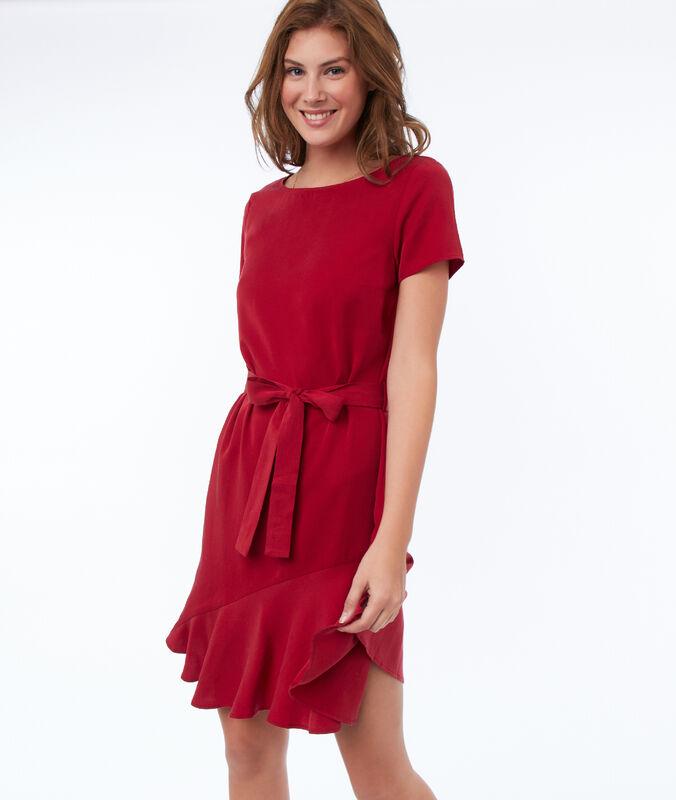 Einfarbiges kleid mit gürtel aus tencel® karminrot.