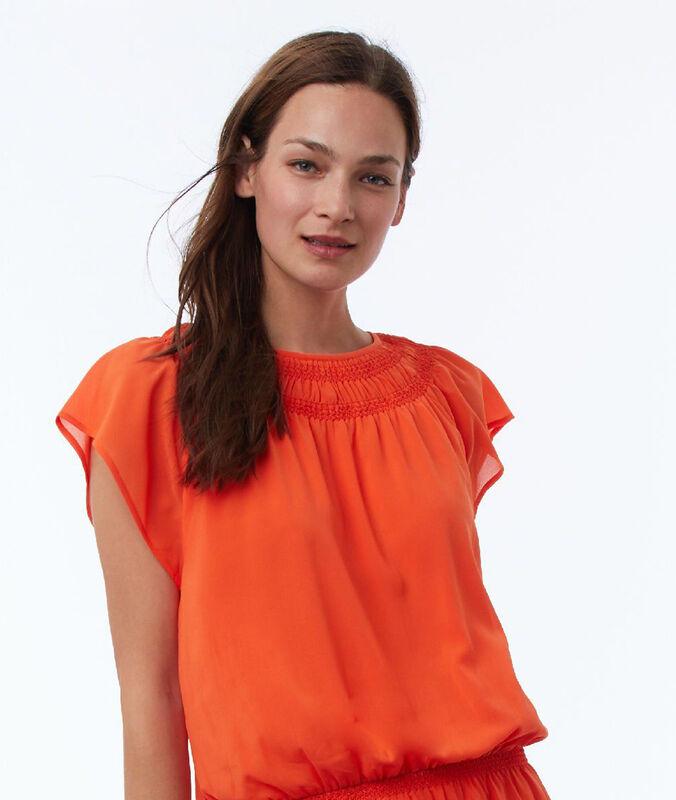 Ausgestelltes kleid tangerine.