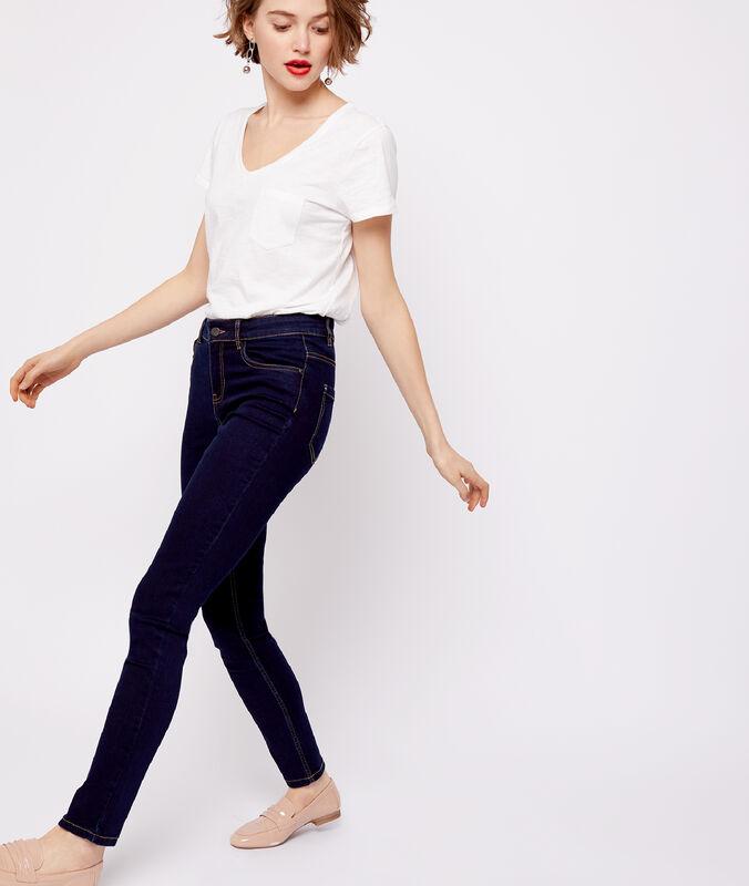 Jeans rohblau.