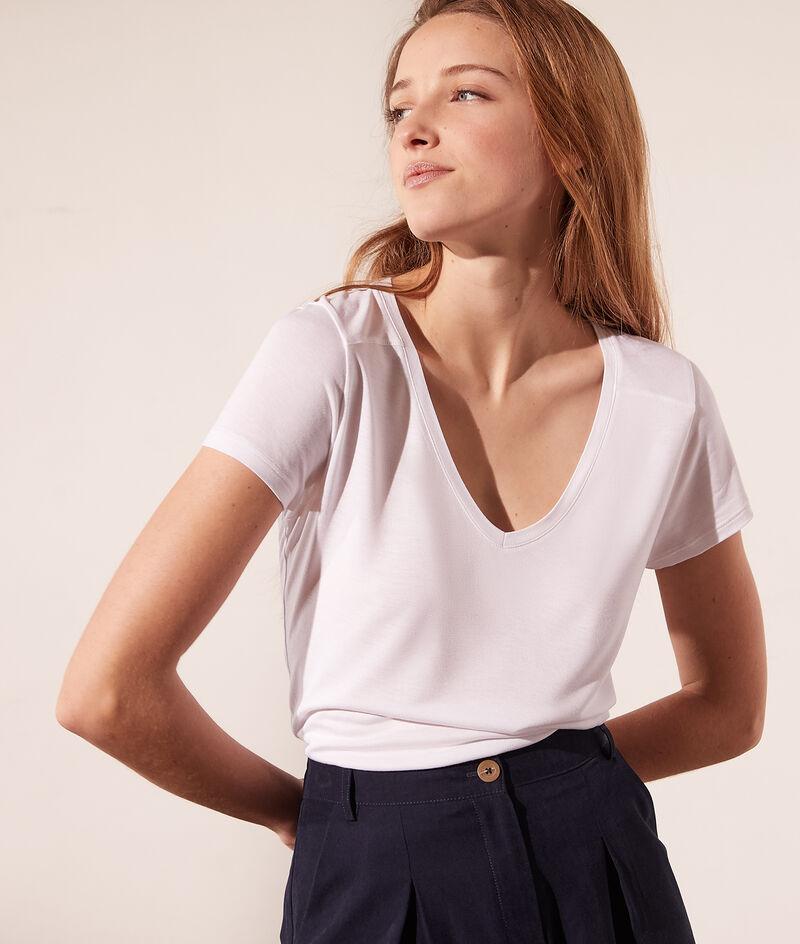 T-Shirt, V-Ausschnitt