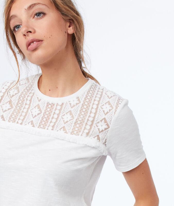 T-shirt mit kurzen ärmeln und guipure-spitze ecru.