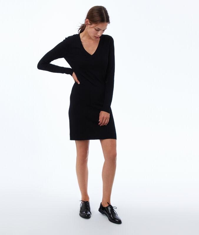 Pulloverkleid schwarz.