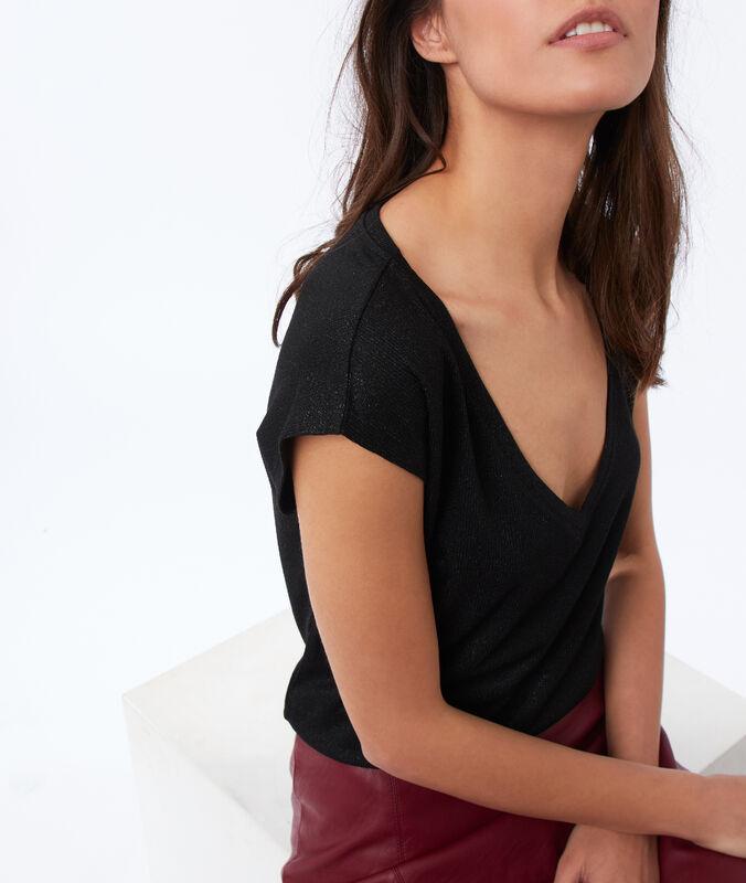 T-shirt, v-ausschnitt, schimmerndes gewebe schwarz.