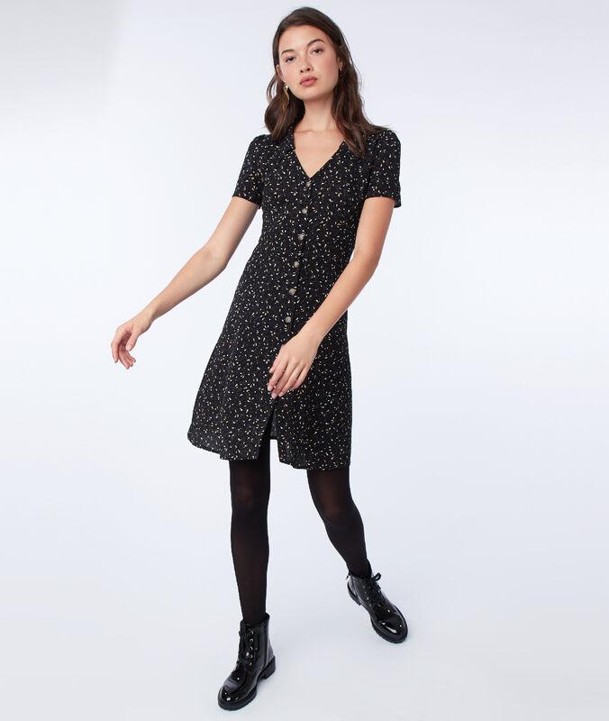 Robe boutonnée à motif imprimé noir.